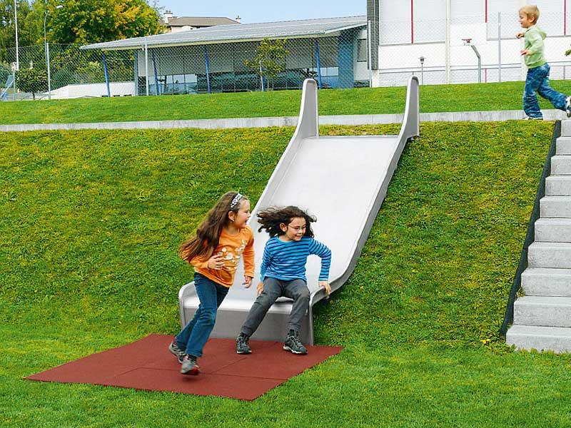 edelstahl breit rutschbahn spielplatzger te baumberger. Black Bedroom Furniture Sets. Home Design Ideas