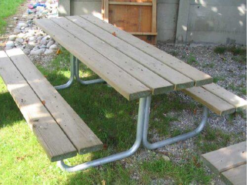 picknicktisch spiez spielplatzger te baumberger. Black Bedroom Furniture Sets. Home Design Ideas